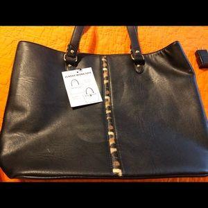Handbags - Women's tote